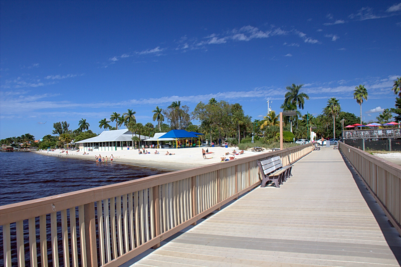 cape coral catholic singles Cape coral florida, i like to dance, especially to rock music and i love good food and wine and interesting people i enjoy concerts, films, beach, barbeques, hanging with friends and family, boating, traveling.