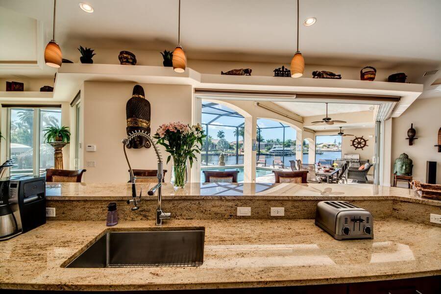 stilvolle Küche im Ferienhaus Cape Coral